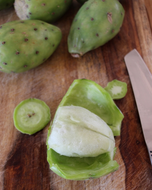 How to peel a prickly pear by Lola's Cocina