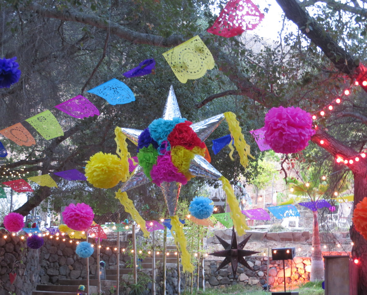 Tres Del Mes 3 Ways To Spice Up A Mexican Themed Wedding Or Fiesta