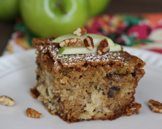 apple bread slice horizontal