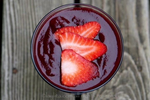 colada-morada-or-ecuadorian-spiced-purple-corn-drink-650x433