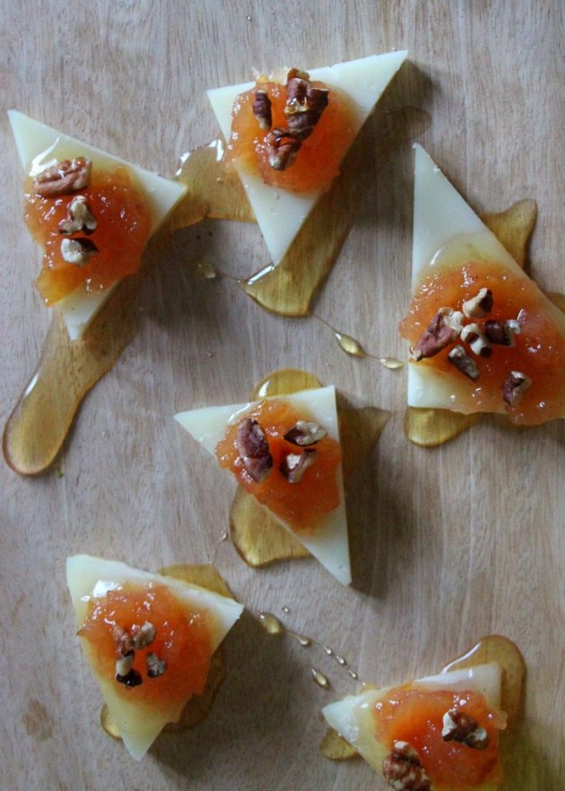 Manchego Cheese with Quince Jam | #LolasMercadito